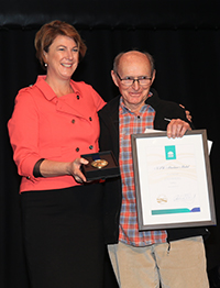 (L-R) Minister for Roads, Maritime and Freight, Melinda Pavey, 2017 NSW Maritime Medal recipient Chris Mitchell (Safety Medal)